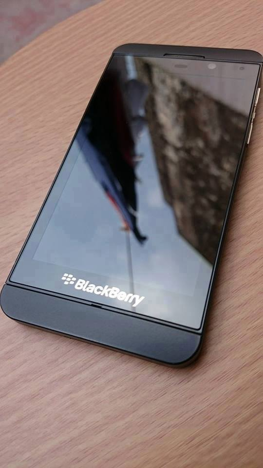 Blackberry Z10 16gb Rush! photo