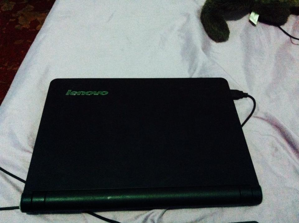 Lenovo mini laptop photo