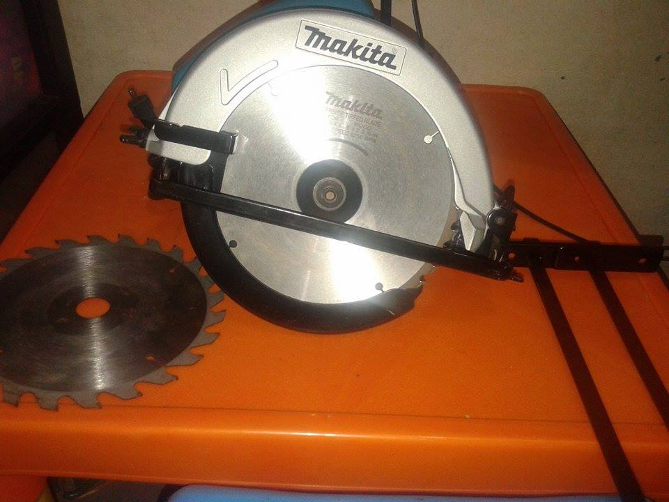 Makita Circular Saw photo