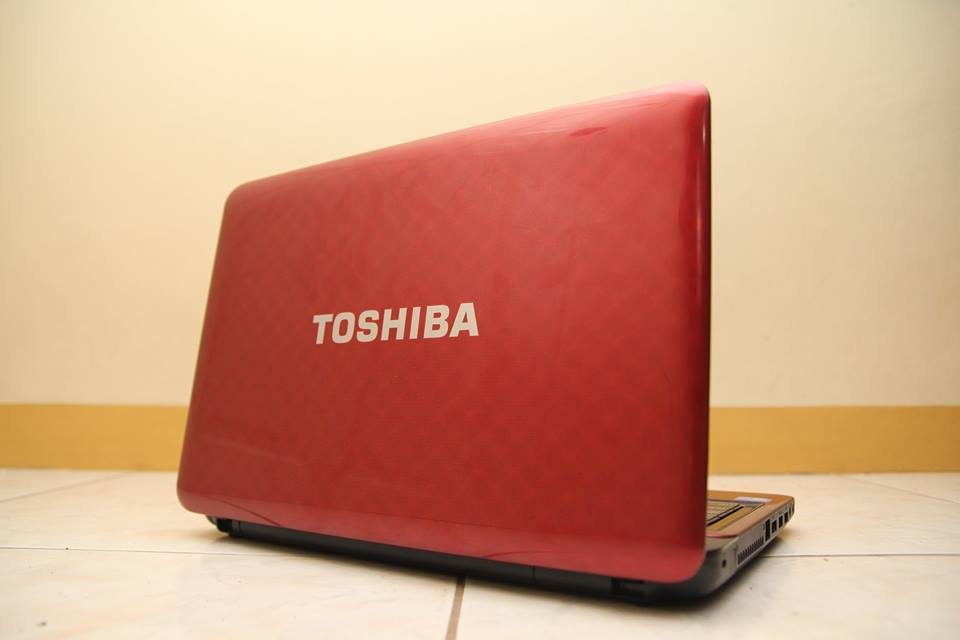 Toshiba Satellite L745 photo