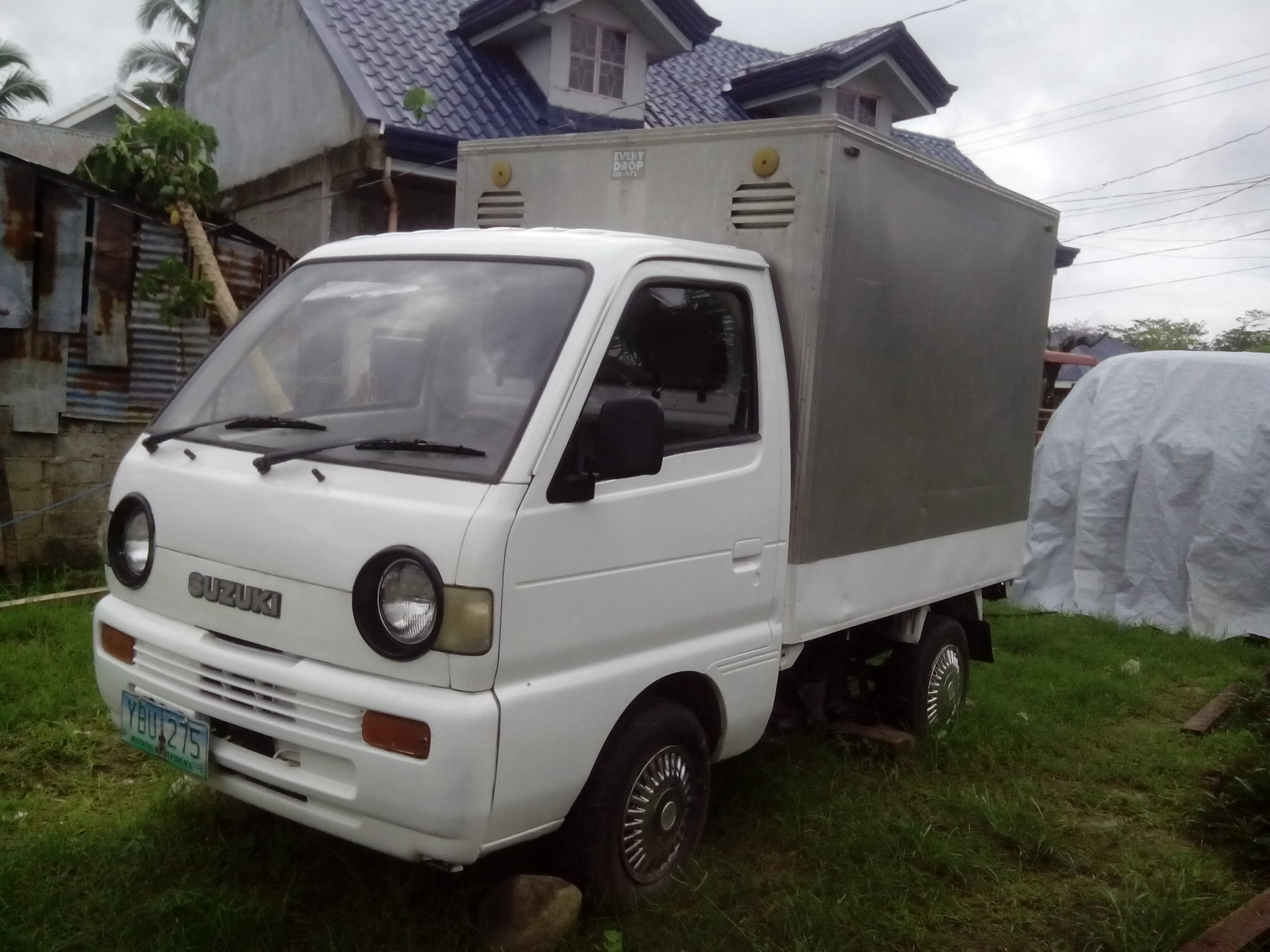 Suzuki Multicab Aluminum Van photo