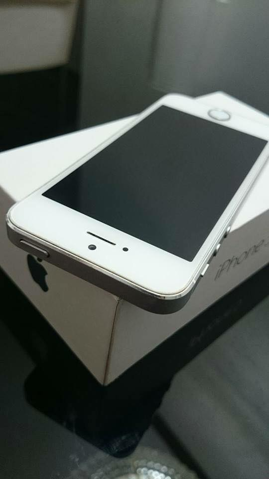 iPhone 5 16GB LTE Smart locked photo
