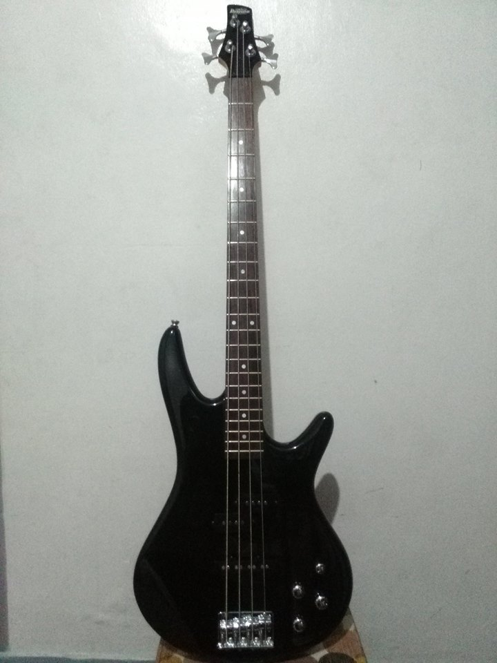 IBANEZ GSR200-BKN photo