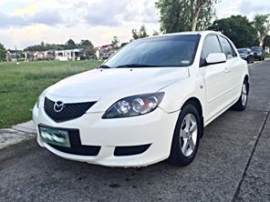 2006 Mazda 3 Hatchback White photo
