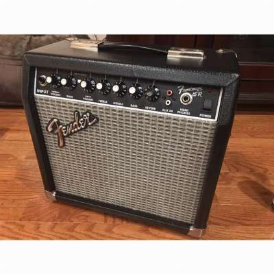 Fender Frontman 15R photo