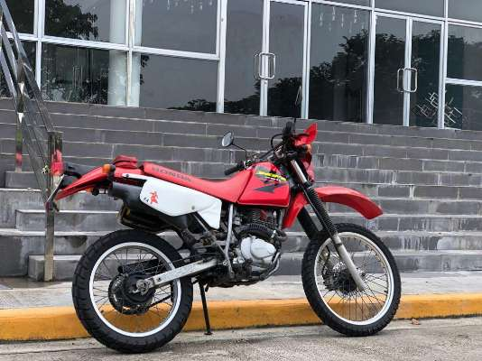 Honda XR200 2004 photo