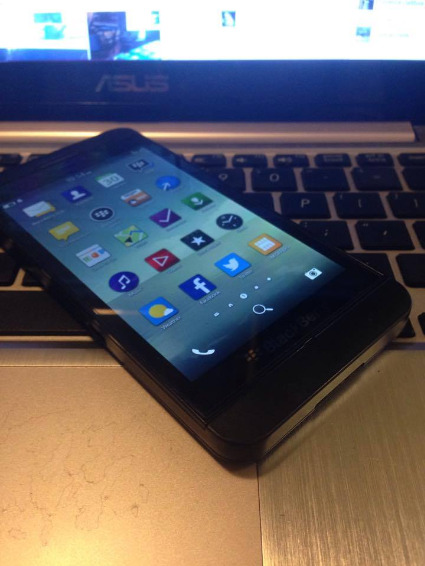 BLACKBERRY Z10 16gb photo