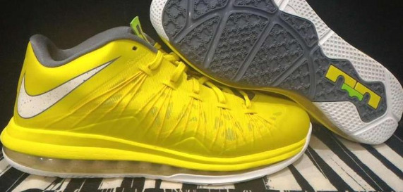 Air Max LeBron 10 Yellow photo
