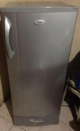 Whirlpool single Door Refrigerator photo