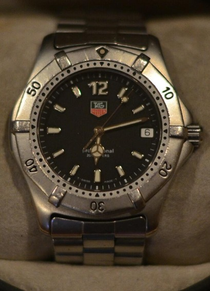 TAG Heuer Professional 2000 Series Full Men Size Watch image 3