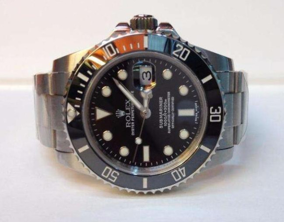 Rolex Submariner Date 40mm photo