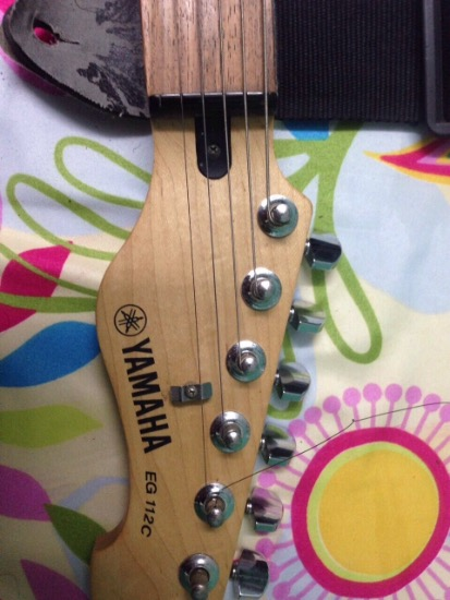 Yamaha electric guitar photo
