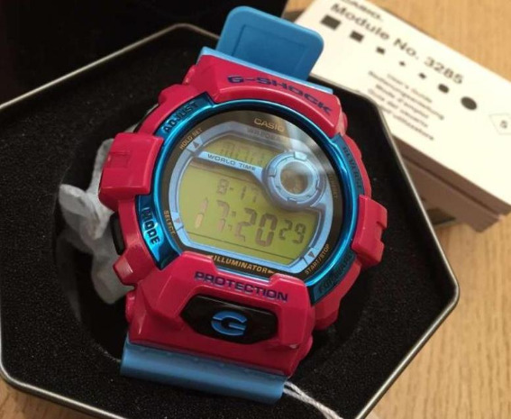 Casio G-Shock G-8900SC-4ER photo
