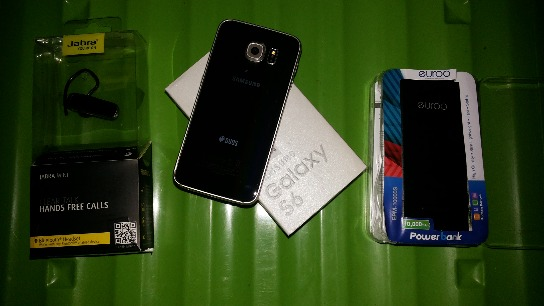 ((swap to motorcycle willing to add)) samsung s6,powerbank,wireless headset photo