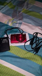 Canon ixus 155 color red photo