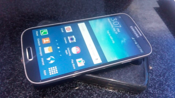 Samsung Galaxy S4 Gt-I9505 16gb Lte photo