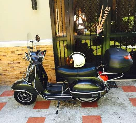 Vespa Stella scooter 2012 photo