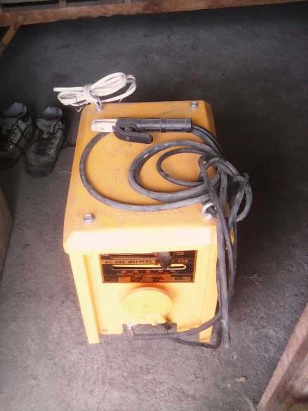 welding machine photo