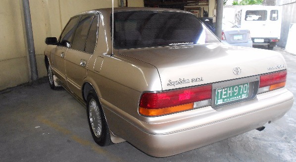 Toyota Crown 1992 Super Saloon image 3