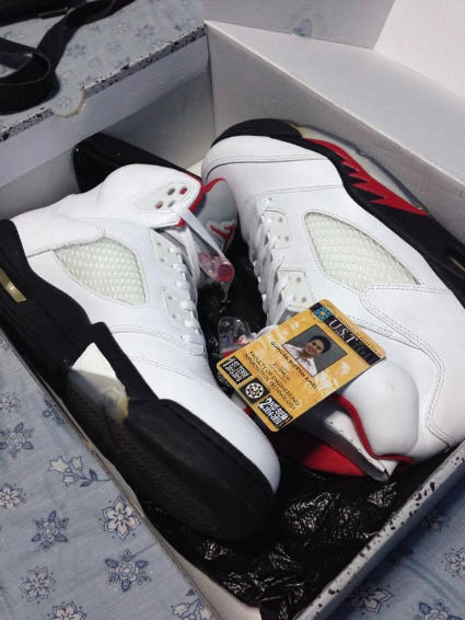 Jordan 5 Fire Red photo