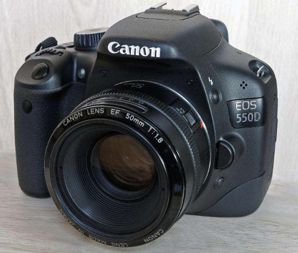 Canon 550D Body (Rebel T2i) photo