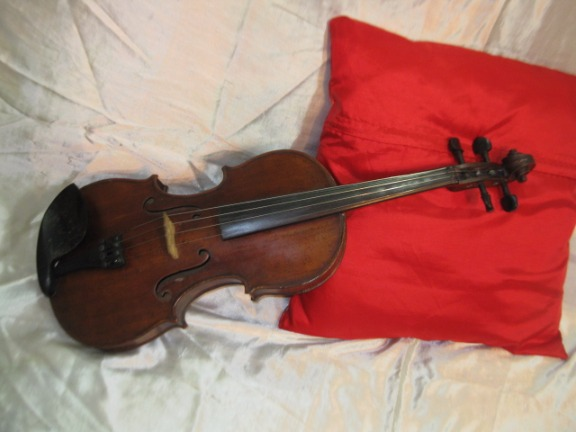 VINTAGE VIOLIN GERMAN COPY OF STRADIVARIUS C.1890 photo