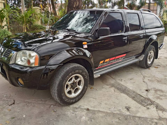 Nissan frontier titanium 4x4 matic photo