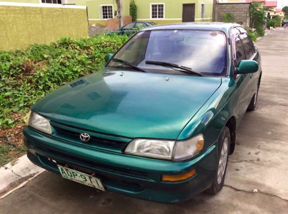 Toyota corolla XE 1996 model photo