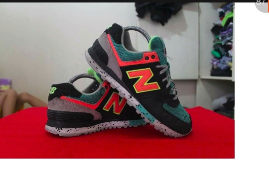 New balance Shoe photo