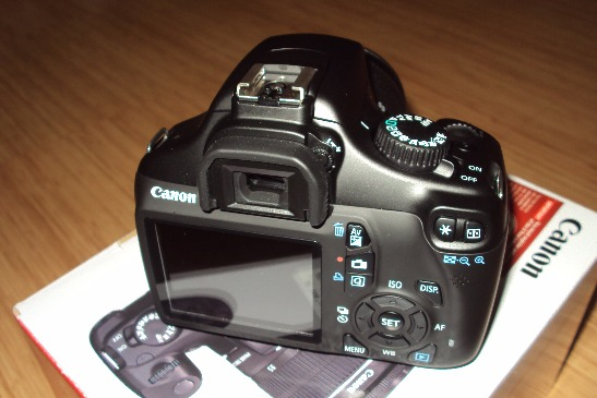 1100D Canon photo