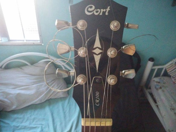 Cort CR100 Electric Guitar image 2