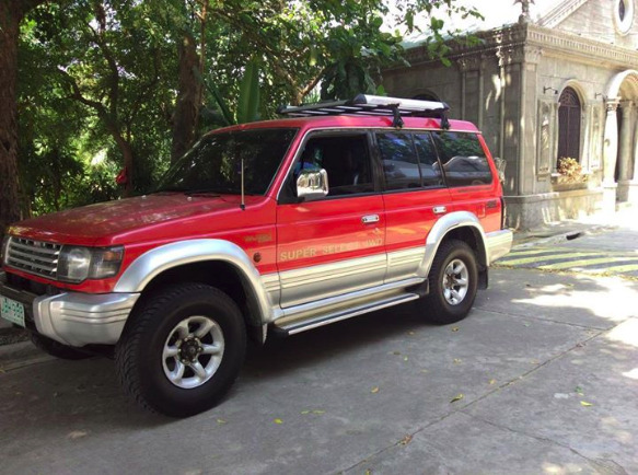 mitsubishi pajero 2002 model photo