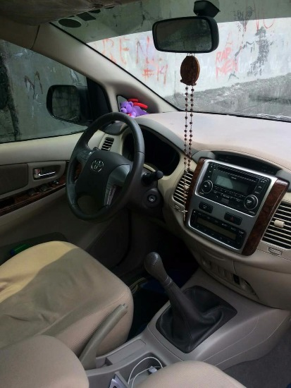 Toyota Innova 2.5G 2013 op of the line image 2