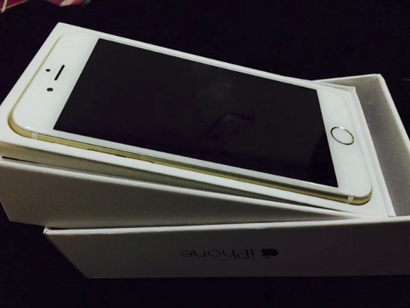 iPhone 6 16gb gold Factory unlocked photo