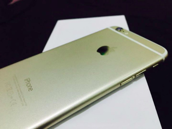 iPhone 6 16gb gold Factory unlocked image 4
