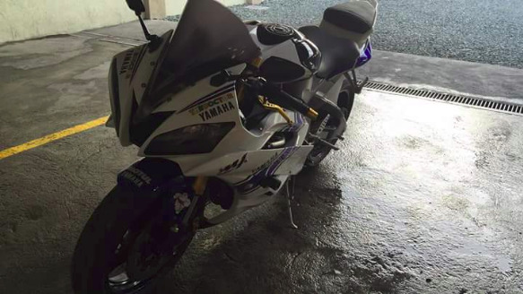 Yamaha R6 2007 photo