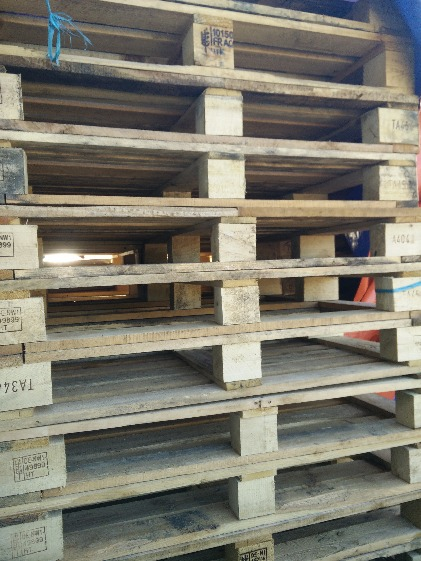 For sale Wooden pallet image 3