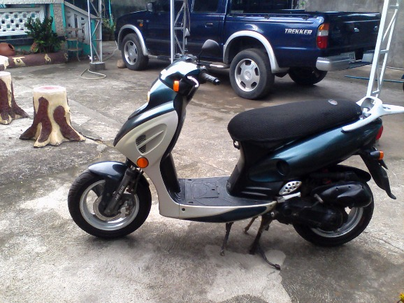 Kymco 100cc (Automatic) image 3