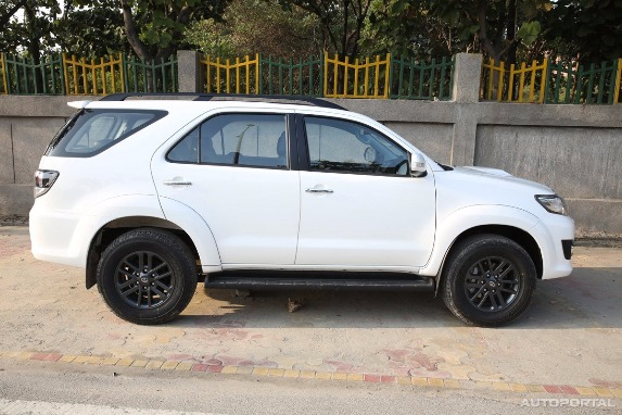 Fortuner for Rent photo