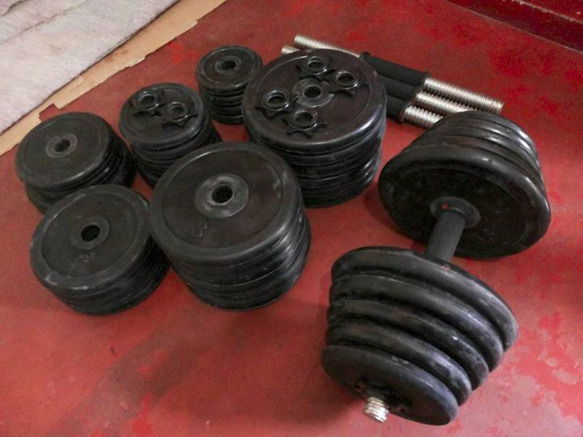 Rubberized Dumbells image 2