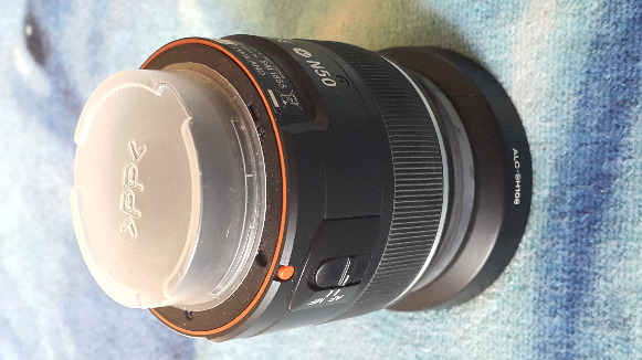 Sony 18-55mm f/3.5-5.6 SAM DT Standard Zoom Lens photo
