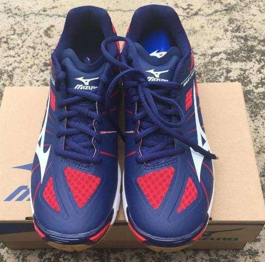 Mizuno Womens Volleyball shoes image 4