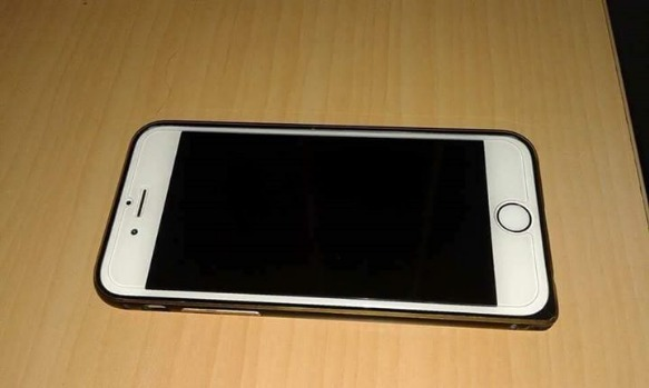Iphone 6 Gold 64GB photo