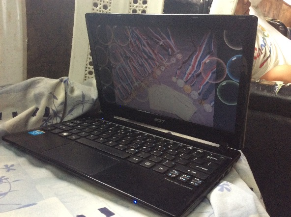 acer travelmate netbook image 5