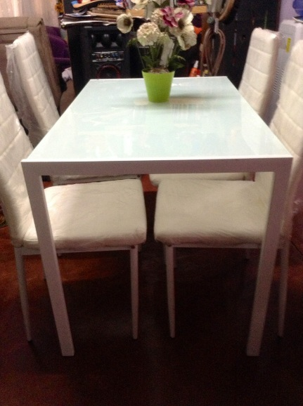Dining Set of 4 chairs image 3