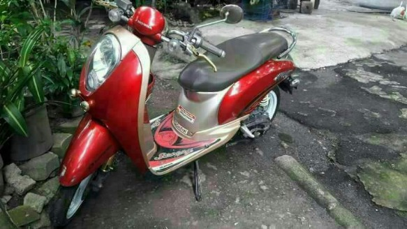 Honda scoopy 2012 mdl 2013 acq photo