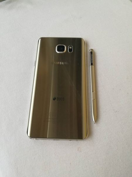 Samsung Note 5 image 3