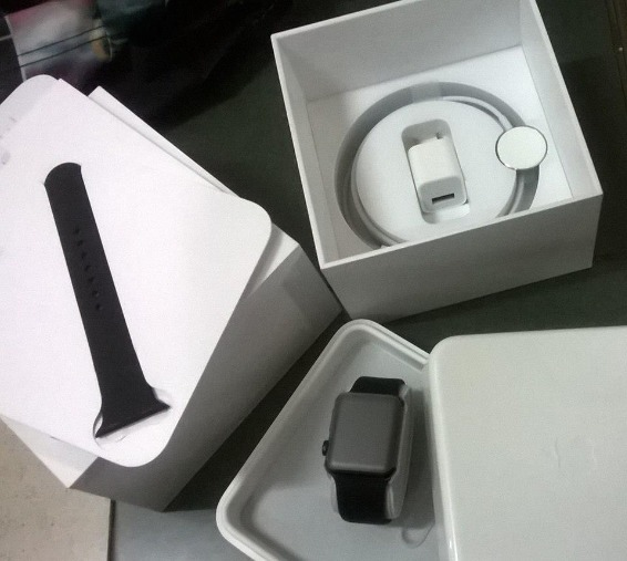 iwatch brand new 38m sports band photo