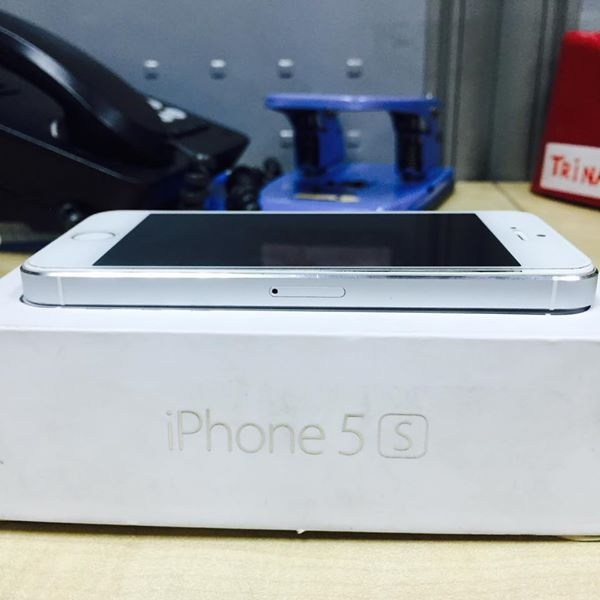 Iphone 5S image 3