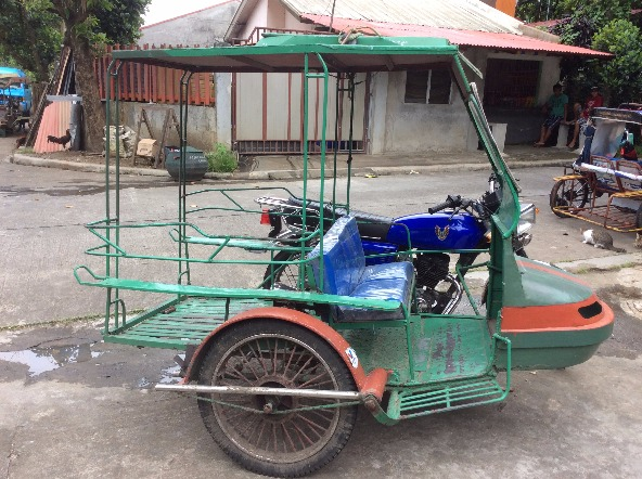 Motorbike for sale with side car image 5